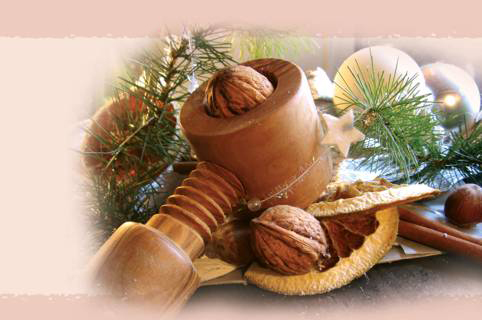 tl_files/content/laedchen/Weihnachten/Olivenholznussknacker.jpg